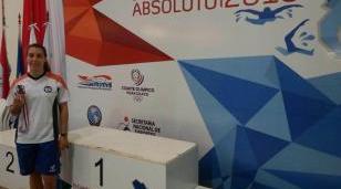 Nadadora de la UNLaM obtuvo una medalla de bronce en Paraguay
