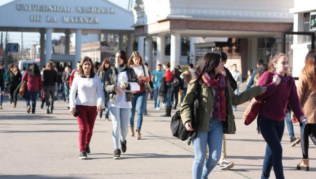 El Centro de Estudiantes de la UNLaM reiteró el pedido por el boleto estudiantil