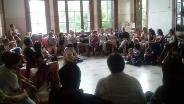 Despidos en la UNLaM: docentes realizaron una asamblea