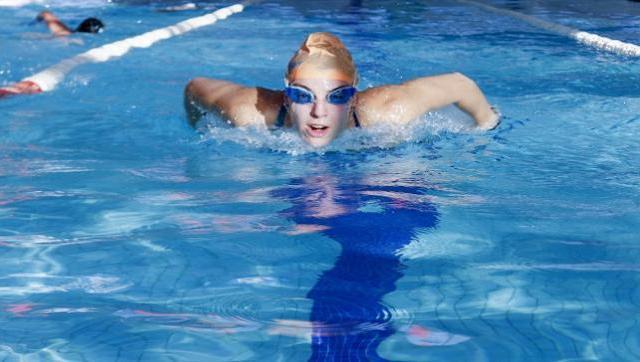 Récord absoluto de nadadora de la UNLaM en torneo de la Federación de Natación del Oeste