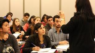 La UNLaM ofrece capacitaciones para los graduados