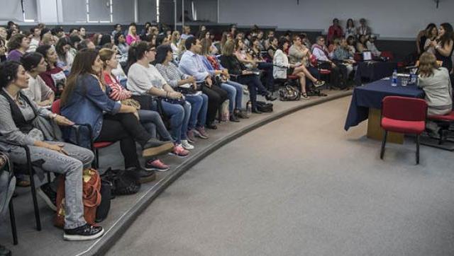 Capacitación de docentes en la UNLaM