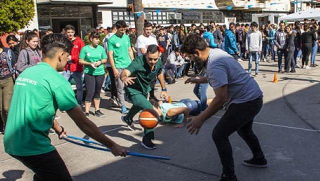 Día del Deporte Universitario en la UNLaM