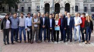 Magario junto a intendentes exigen a Vidal más recursos para enfrentar la crisis