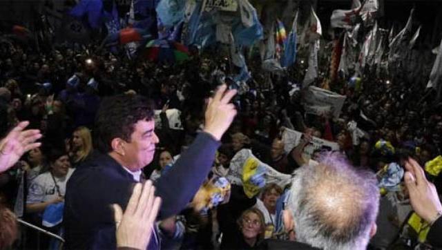 """Magario y Espinoza reunieron a la militancia en Laferrere y se entusiasman con """"el triunfo más grande de la Argentina"""""""