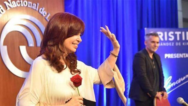 """Cristina en la UNLaM: """"Si no es con todos y todas, no se puede"""""""