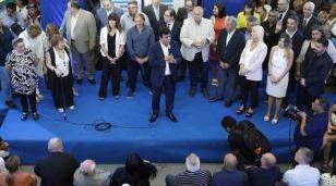 Espinoza tomó juramento a su gabinete municipal