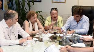 Fernando Espinoza encabezó la primera reunión de gabinete