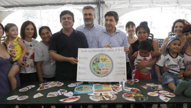 """Espinoza: """"La tarjeta Alimentar es la mejor decisión de Justicia Social después de la Asignación Universal por Hijo"""""""