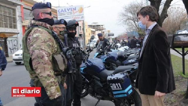 Lucas Ghi cuestionó la movilización de policías frente a la quinta presidencial de Olivos