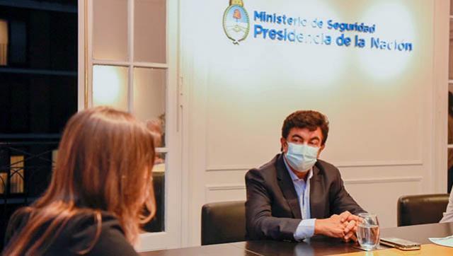 """Fernando Espinoza: """"Le declaramos la guerra a la inseguridad"""""""